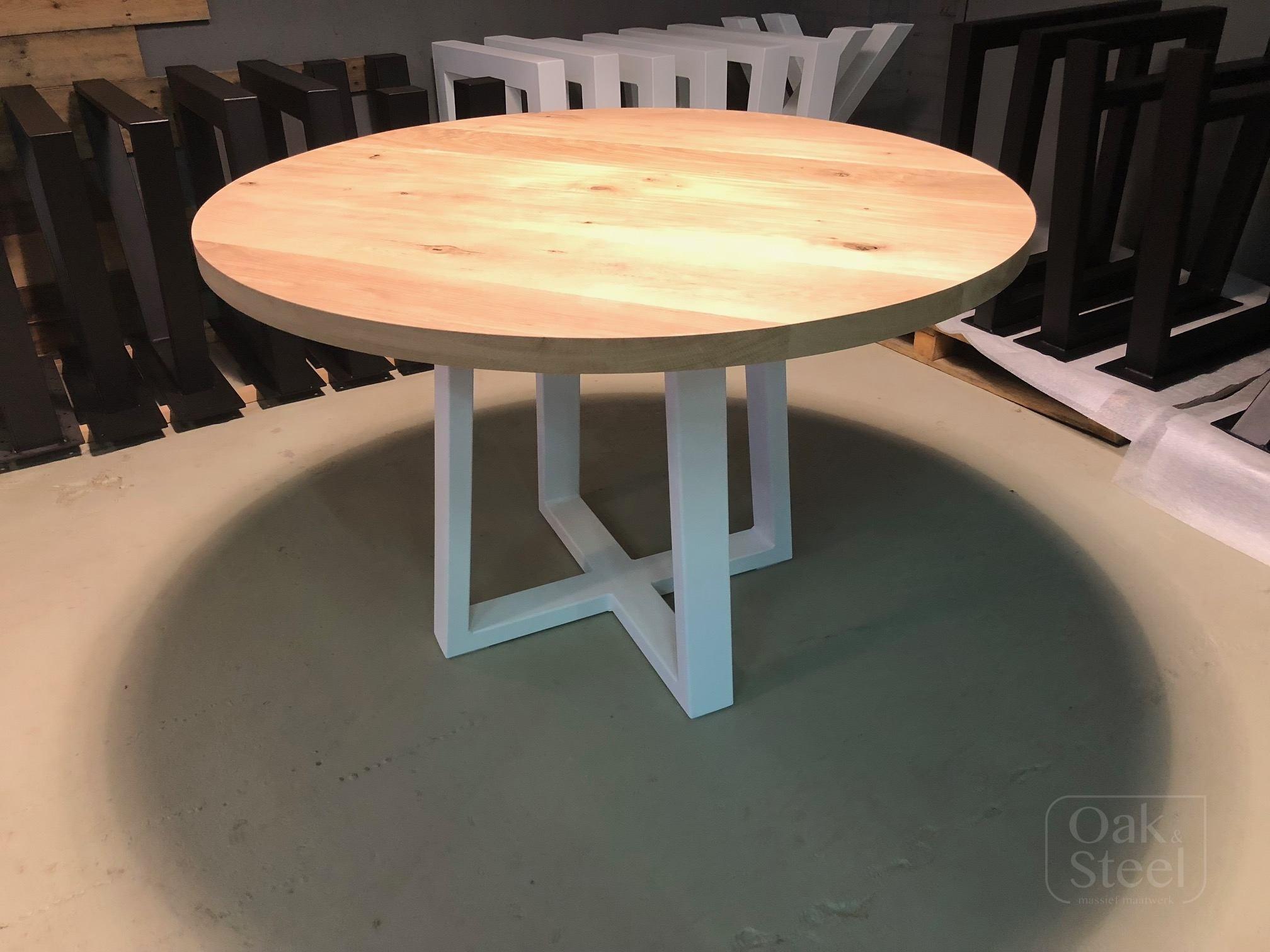 Ronde Eiken Tafel : Ronde tafel oak steel