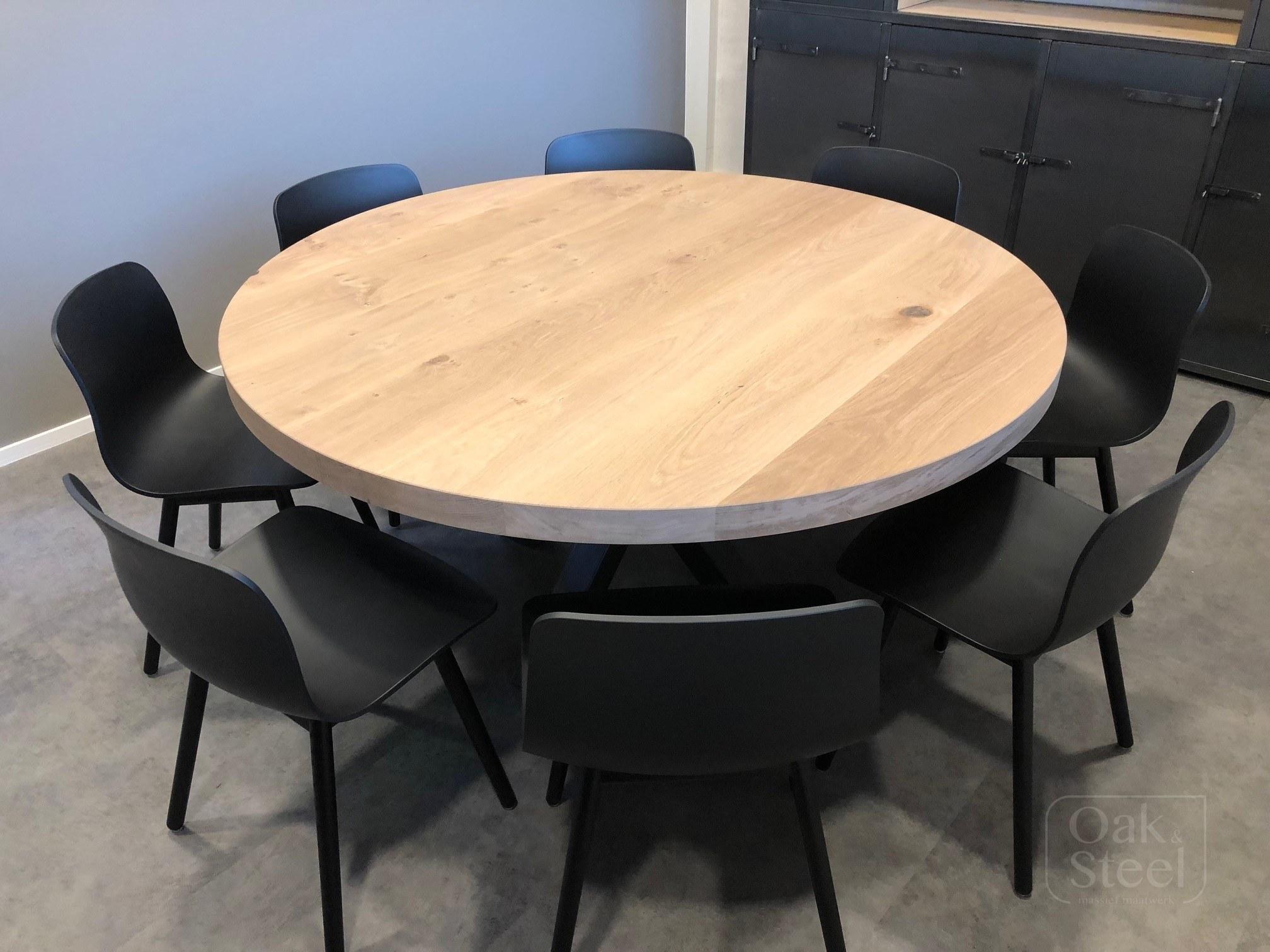 Ronde eiken tafel van 6 cm dik